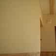 一階、リビング、ダイニングの壁は珪藻土を塗りました。分かりづらいですがコテむらが有りとてもいい表情があります。