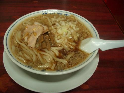 杭州飯店。中華ラーメン。